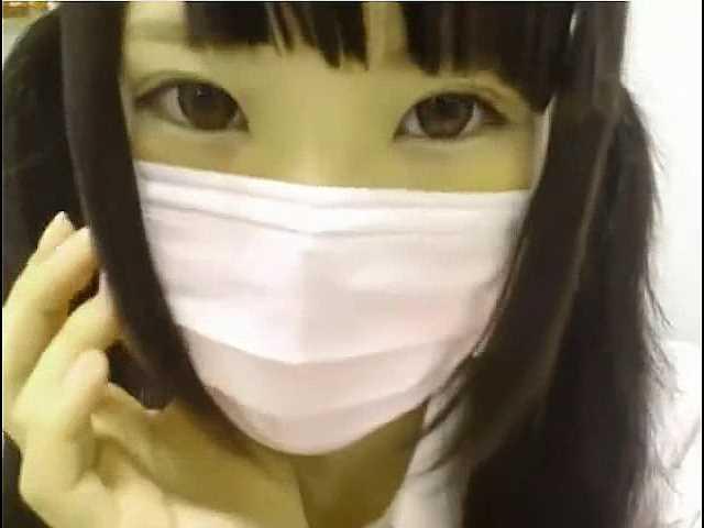 (無修正ライブチャット)「なめなめぇ・・・」淫乱美少女が制服コスプレ姿でオナニー配信!