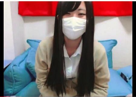 マスクで顔は出せない本物のアウロリJKです!