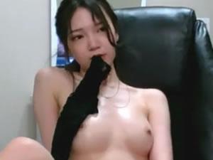 https://jp.pornhub.com/view_video.php?viewkey=ph5a211201a406c