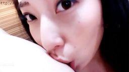 韓国留学中の巨乳娘。座位で腰ふる姿がエロい!!!